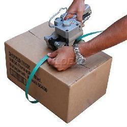 Pnevmatski stroj za povezovanje in pakiranje